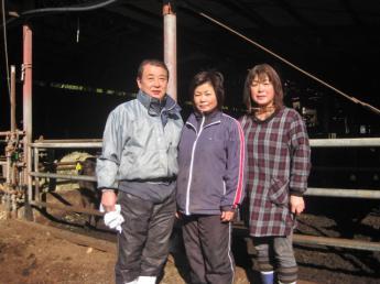 動物が好きな方大歓迎!子牛を育てる仕事を一緒にやりませんか?子牛の育成専門牧場《未経験者歓迎》