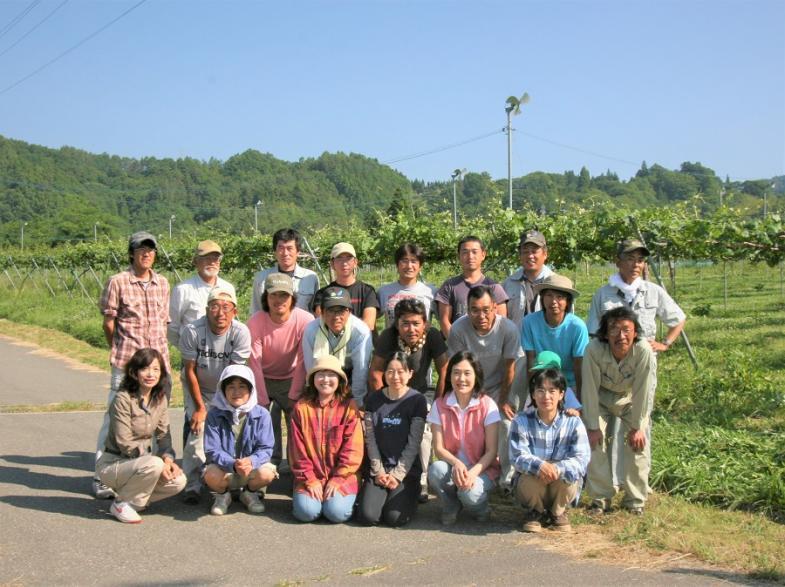 新たに農業を始めたい方必見!村で就農した先輩たちの実績も充実!農業を学びたい人を全力サポートします!